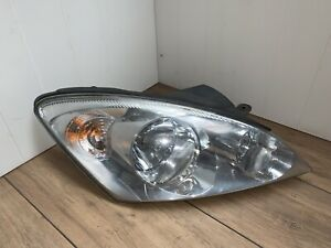 Kia-Ceed-Driver-right-head-light-Lampe-921021H010-S-2006-To-2009