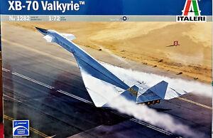 Rockwell-Boeing-XB-70-Valkyrie-Italeri-Kit-1-72-1282-Nuovo