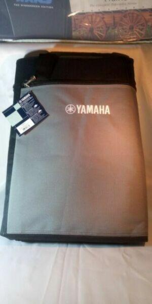 Yamaha YBA611 Keyboard Bag for 61 Key Keyboards