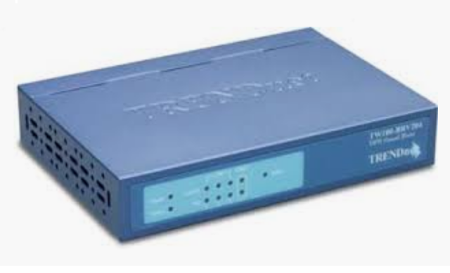 NETWORK FIREWALL ROUTER INTERNET DSL 4-PORT 10/100 LAN TRENDNET TW100-BRV204