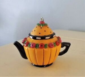 MARY ENGELBREIT TEAPOT ORNAMENT MUSTARD WITH BLACK TRIM  CIRCLE OF CHERRIES
