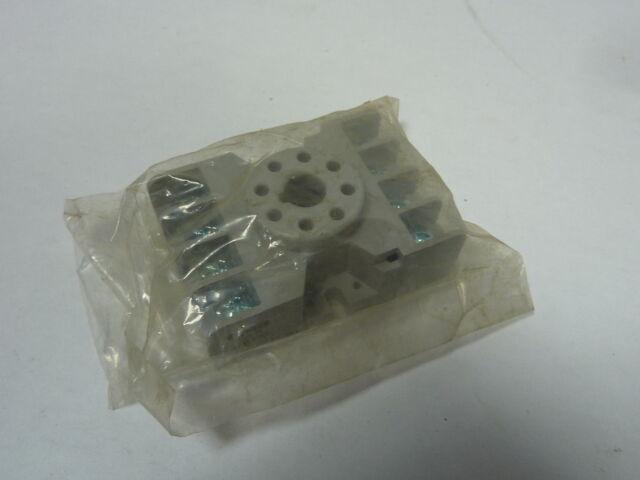 Potter & Brumfield 27E122 Relay Socket 8 Pin 10A 240V ! NEW !