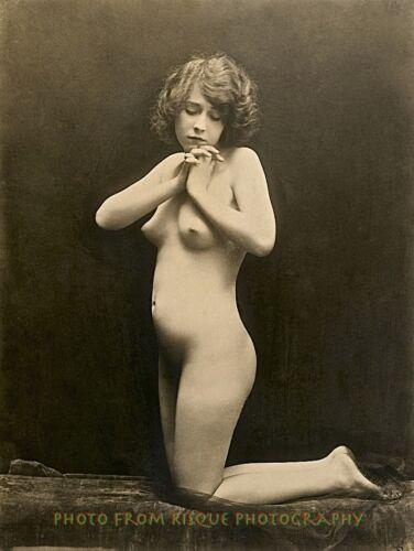 "Vintage Nude Woman Kneeling 8.5x11/"" Photo Print Charles Gilhousen Photography"