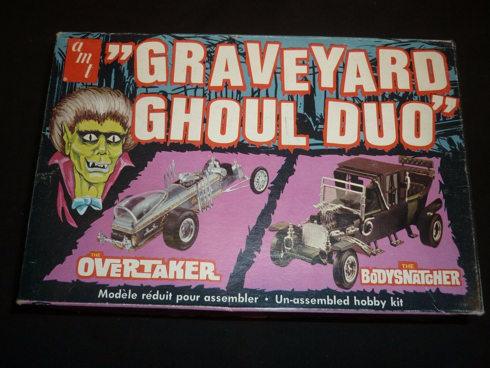 A 1978 AMT un made plastic kit of the Graveyard Ghoul duo. designed by BARRIS