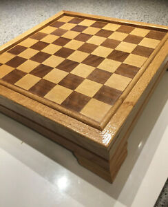 Wooden-Backgammon-Chess-Cribbage-Dominoes-Checkers-Set-Inlaid-2-Sided-Board