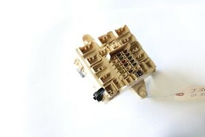 2001-2005 LEXUS IS300 INTERIOR UNDER DASH FUSE BOX J3098 ...