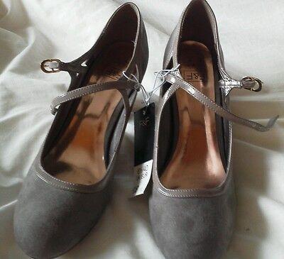 F&F Natural Zapatos señoras, ante de imitación. BNWT