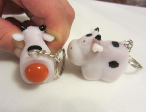 20 NEW NAUGHTY POOPING COW KEYCHAINS SQUEEZE ANIMALS POOP TURD KEY RING CHAIN