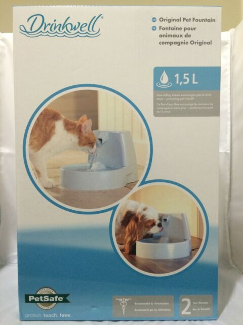 PetSafe Drinkwell Original Pet Fountain for Cats & Dogs