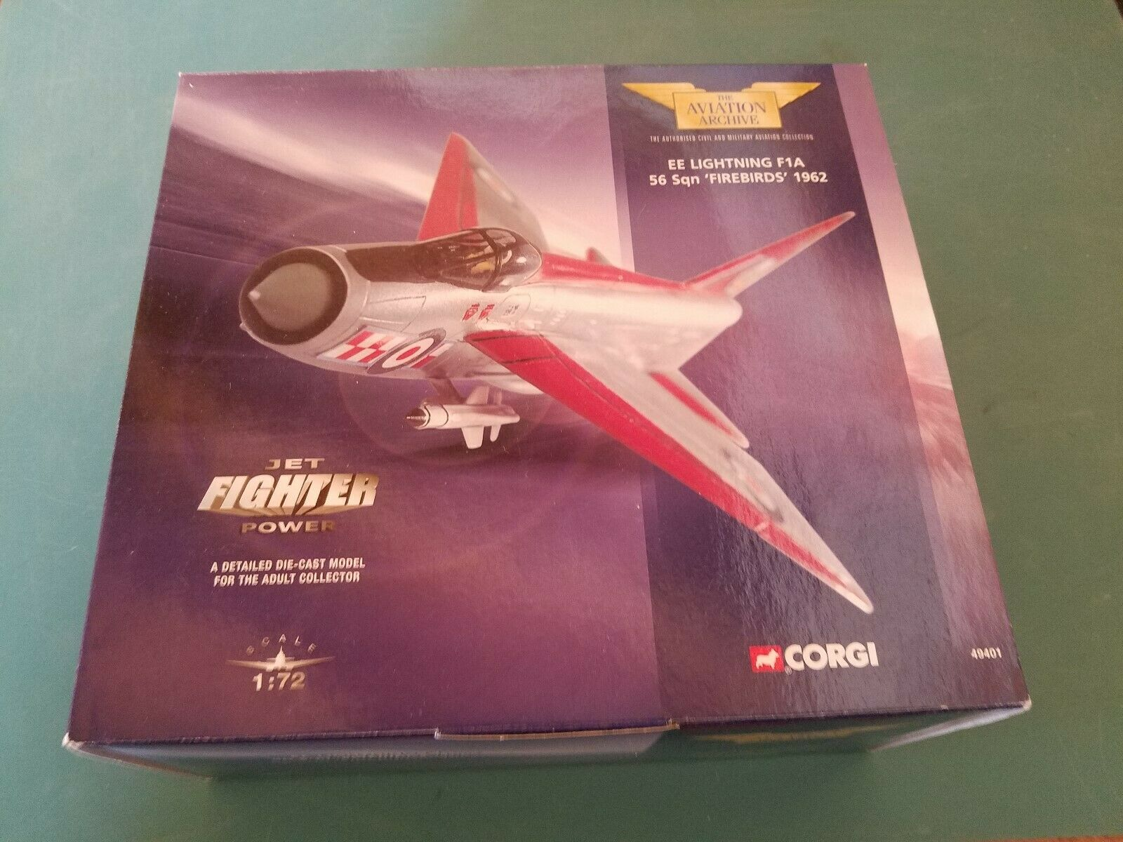 Corgi 49401 EE ljusning F1A 56 Sqn Firebirds 1962