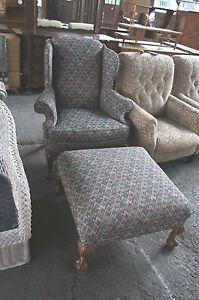 1 Zig Zag Pattern Fabric Sherrill Furniture Wingback Chair