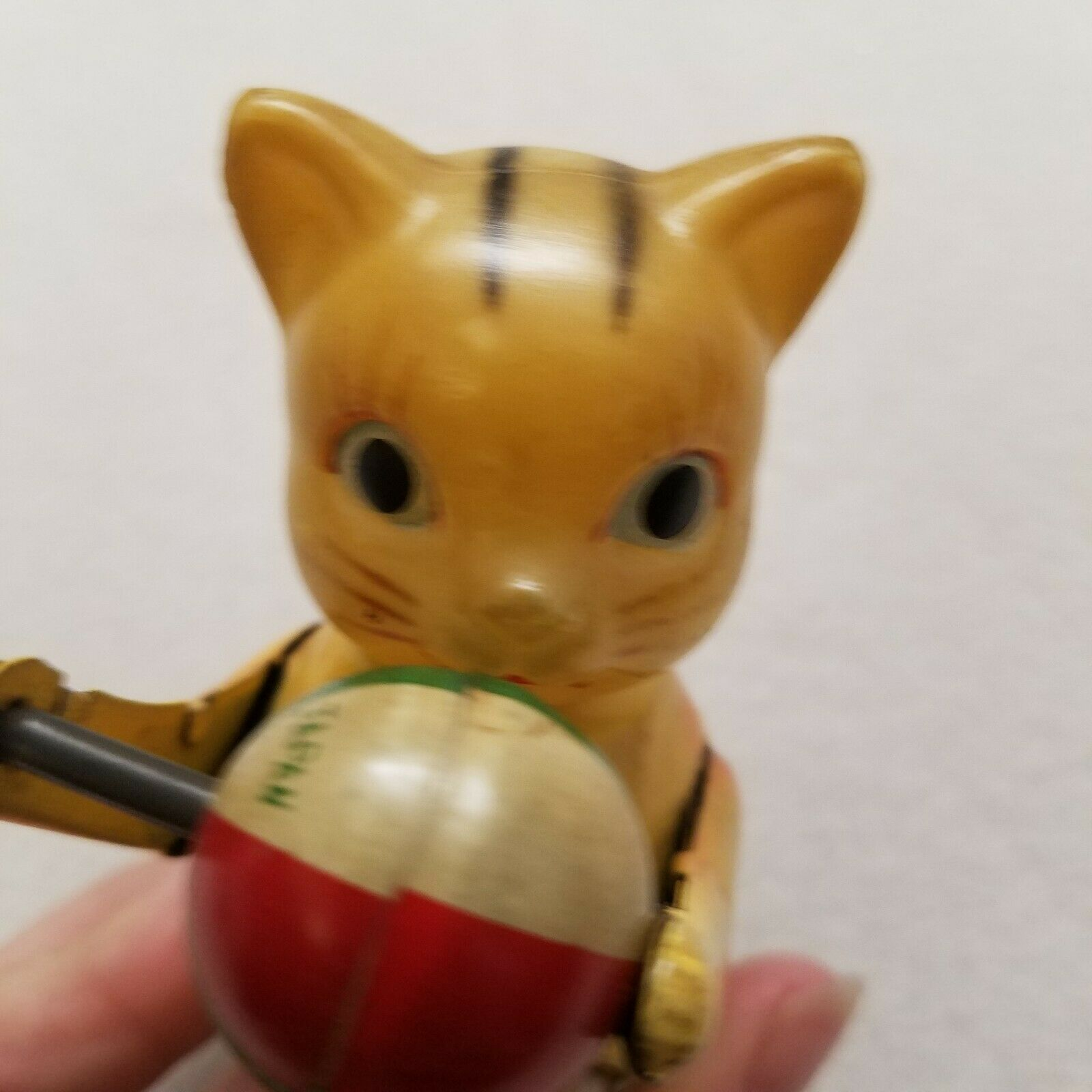 Vintage CAT Wind Up Toy Tin with Plastic Head Made In Japan with Key