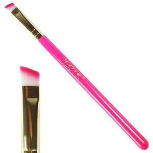 Technic-Slanted-Angled-Eyeshadow-Brush-Also-for-Brow-Powder-Liner