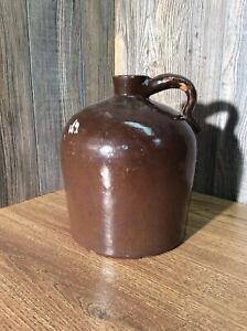 Antique-Stoneware-Brown-Glazed-Whiskey-Jug-Crock-Pottery-With-Handle-G5