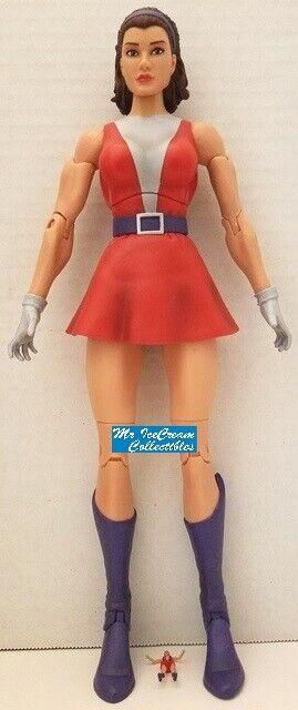 DC Universe classeics Signature collezione Doom Patrol Rita Farr ElastiGirl DCUC