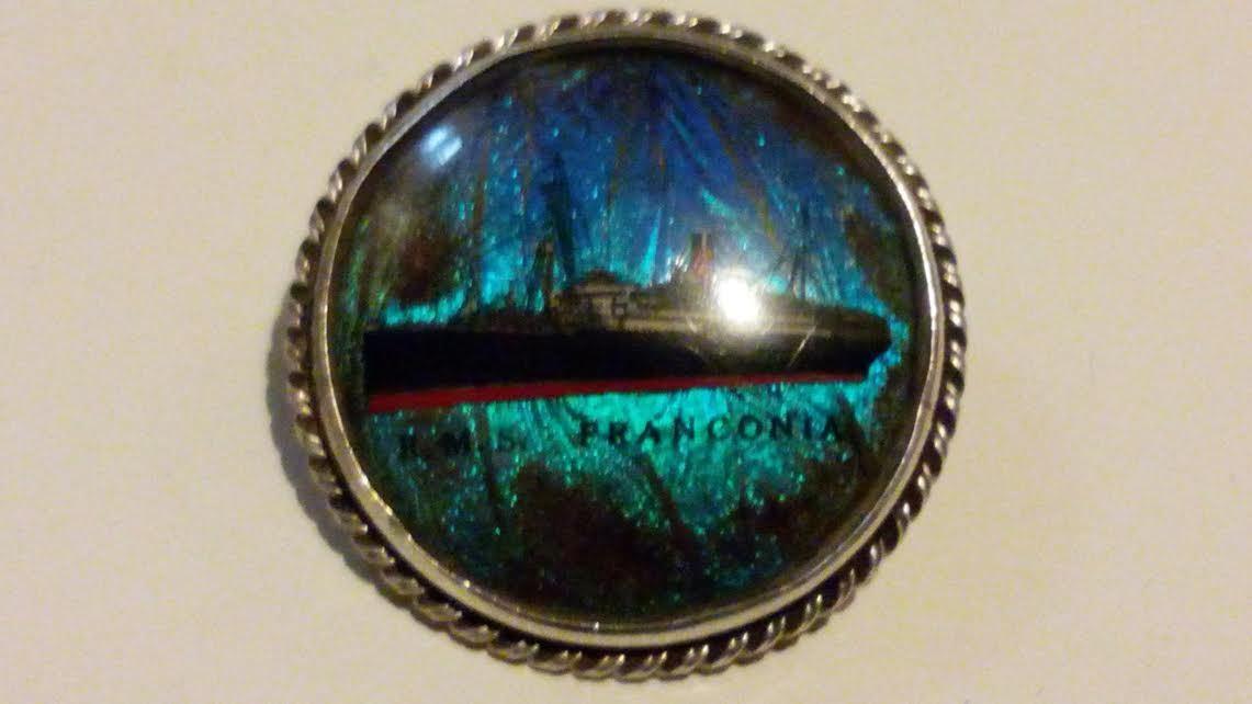 argentoo Sterling Sterling Sterling Morfo con ali di farfalla R.M.S. Franconia Liner ROUND Spilla Pin  6456a1