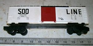 Vintage-1972-LIONEL-6-9702-SOO-LINE-Box-Car-w-Opening-Doors-in-O-O-27-Gauge