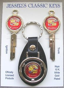 Red-Cadillac-Crest-Deluxe-Classic-White-Gold-Keys-Set-1970-1974-1978-1982