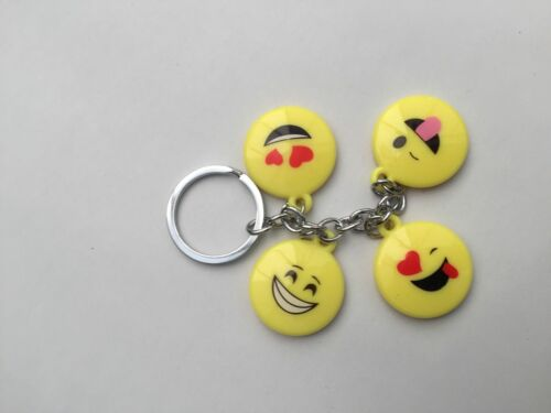 EMOJI EMOTICON KEYRING LOT KEYCHAIN SMILEY FACE TEACHER//STUDENT GIFT PARTY BAG