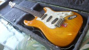G&L Fullerton Deluxe Legacy Electric Guitar Fingerboard Slick Finish-Honey Burst
