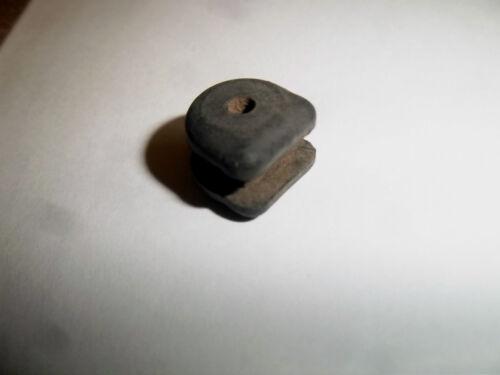 ORIGINAL TRIUMPH EARLY C RANGE 5TA 3TA T100 CLUTCH CABLE RUBBER GROMMET 70-3475