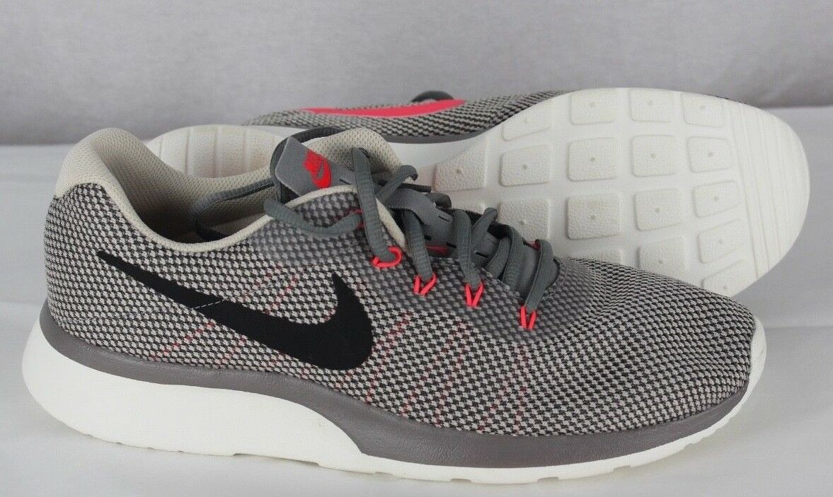 Nike run all day herren running schuhe athletic grau Größe 9.5