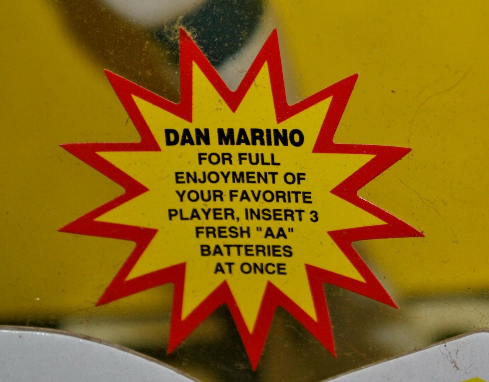 DAN MARINO & BRETT BRETT BRETT FAVRE BEST TALre FOOTBtutti PLAYERS gree 10  NEEDS BATTERIES b740a6