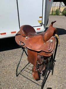 "Crates 16"" Trail Saddle"