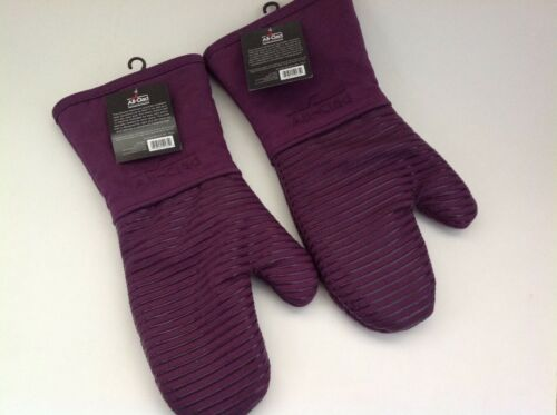 New All Clad Set of Two Heavy Silicone Oven Mitts Washable Plum