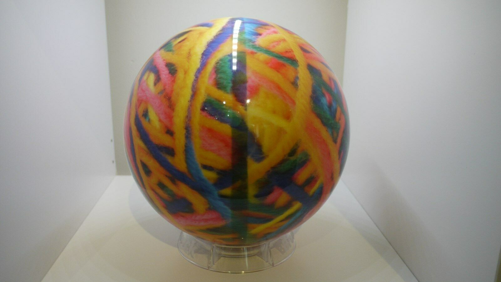 On The Ball Bowlingball Yarn, Polyester 12 lbs lbs lbs ungebohrt d1afb7