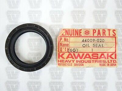 NOS KAWASAKI FORK OIL SEAL H1 S1 S2 S3 KH250 F11 F12 KX450 F4 F5 F8 F81 F9 W1 W2