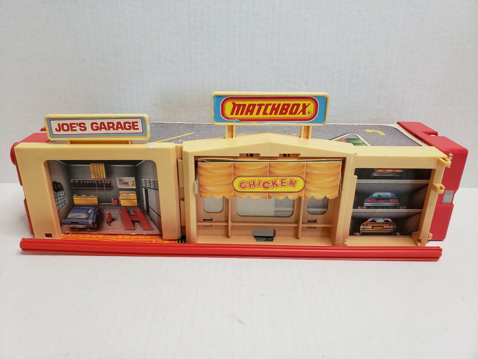 Vintage Matchbox MotorCity Rollout Playset