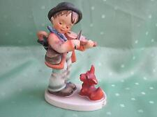 Schöne Hummel Figur als Junge mit Geige und Hündchen