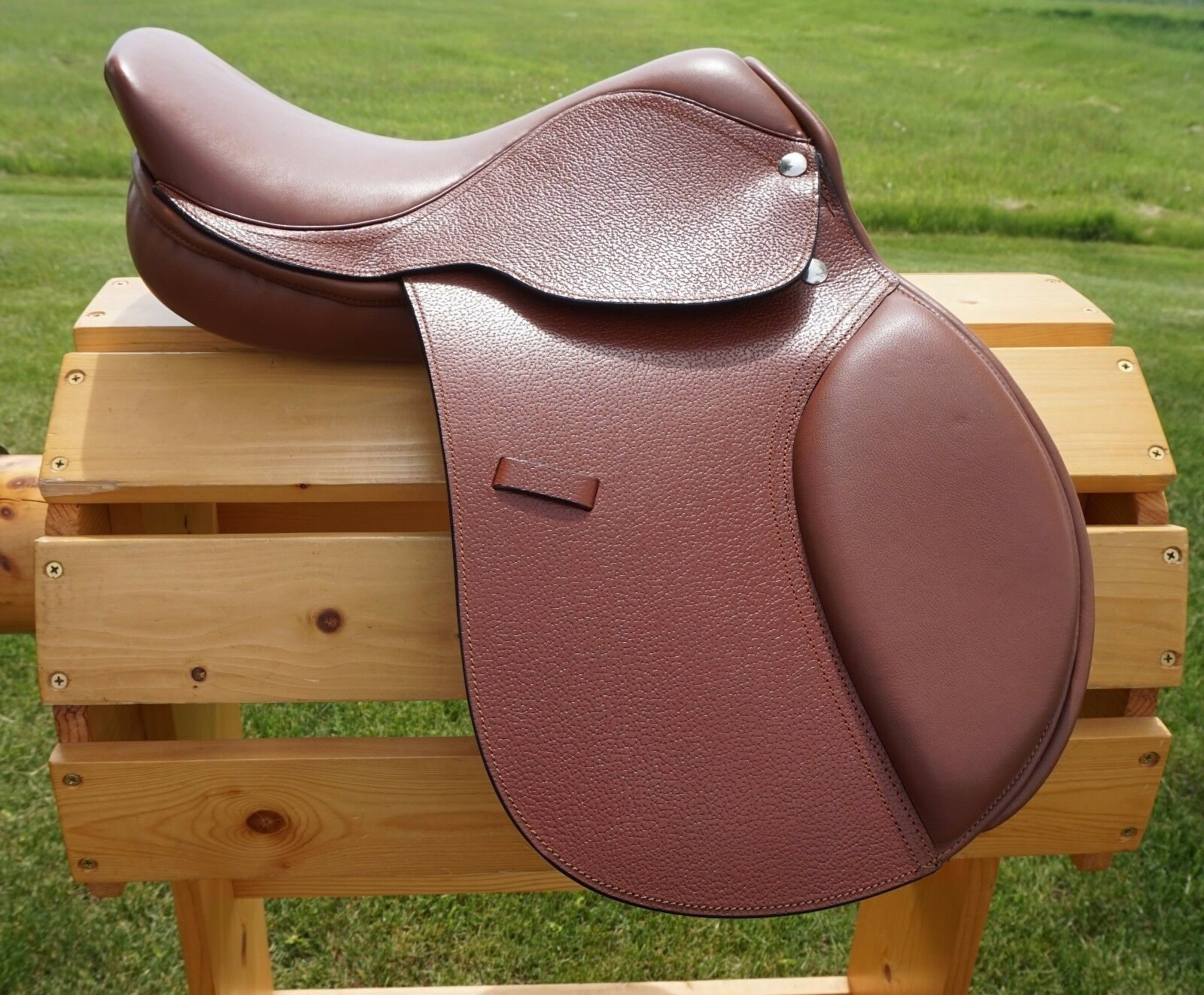 12 13 15 Tan Youth Close Contact English Leather Saddle with Free Leathers