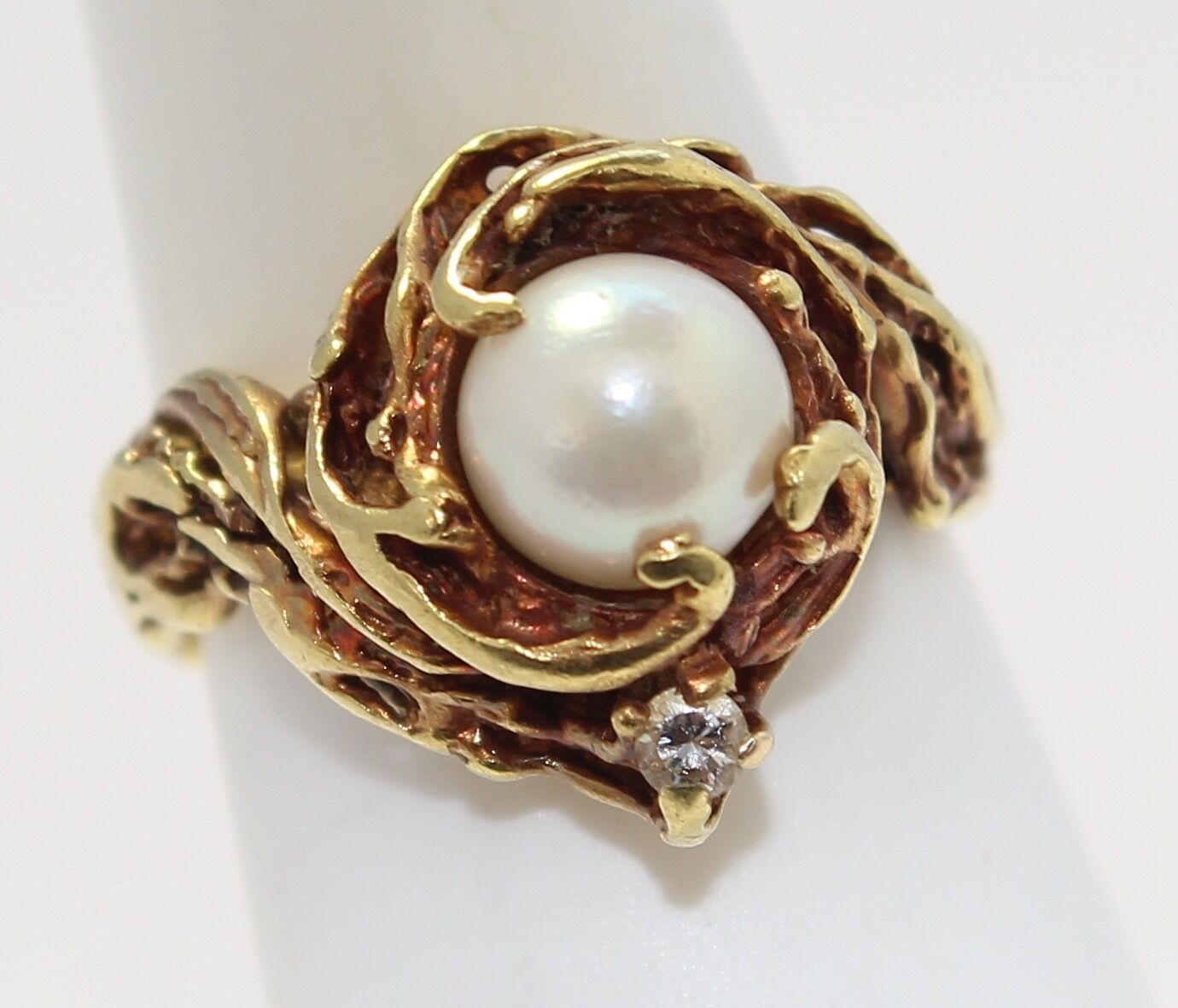 18k Yellow gold Pearl and Diamond Ladies Ring