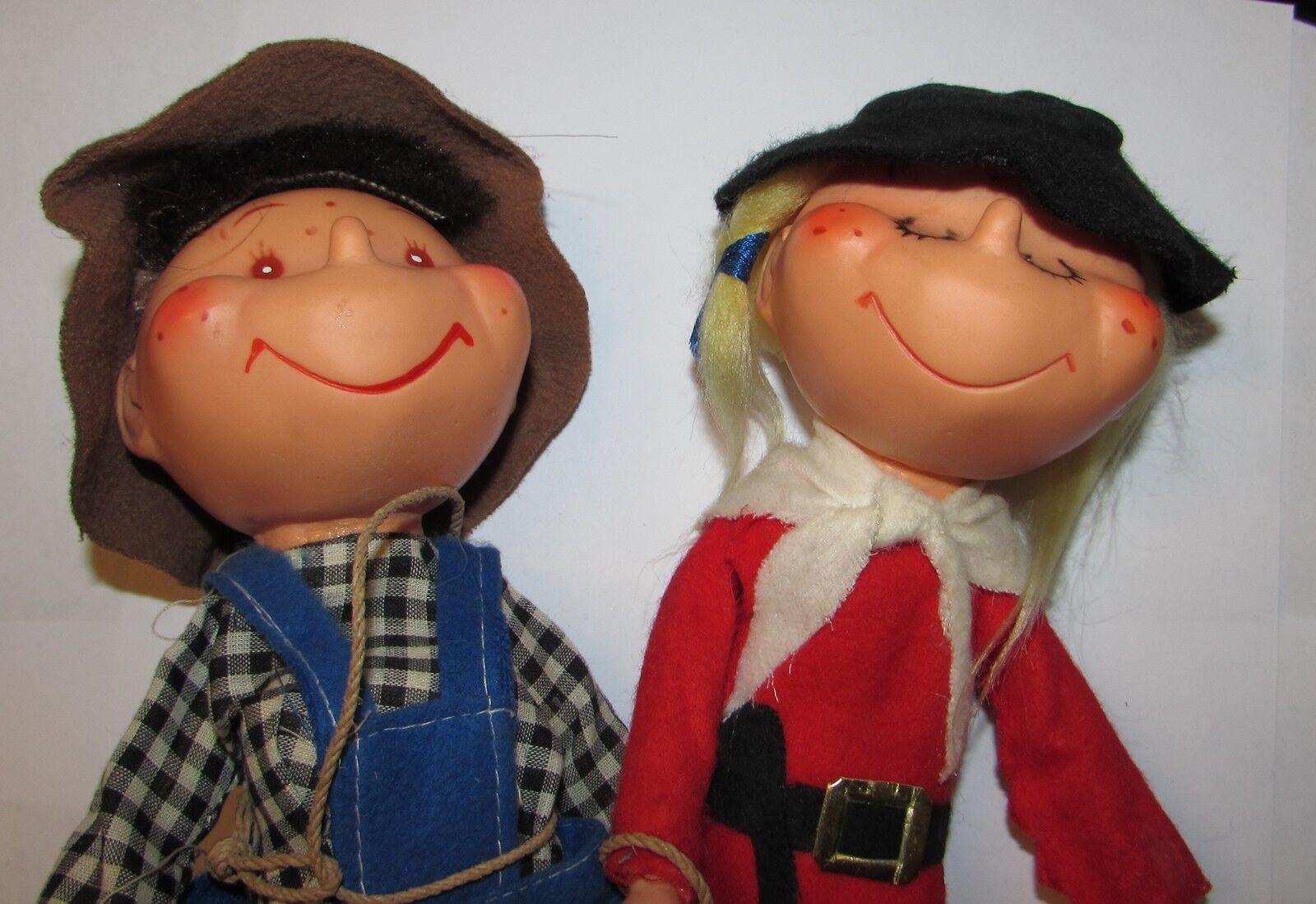 Due bambole anni 70 autoostuttio   alto sconto
