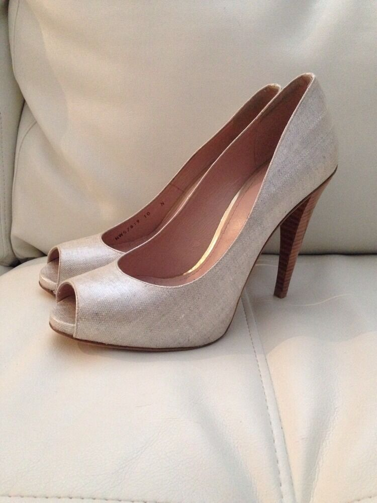 NEW  380 Stuart Weitzman Copper Heels Größe 10 Open Toe