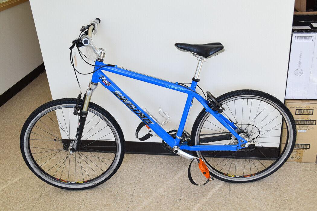 Local Only    Santa Cruz 17  Chameleon Mountain Bike Local Only