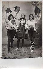 BM181 Carte Photo vintage card RPPC Femme groupe déguisement fun funny Musique