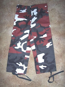 Red Camo Pants sz 2 Camo Bdu Pants Cargo Pants Arkansas Razorbacks Football Pant