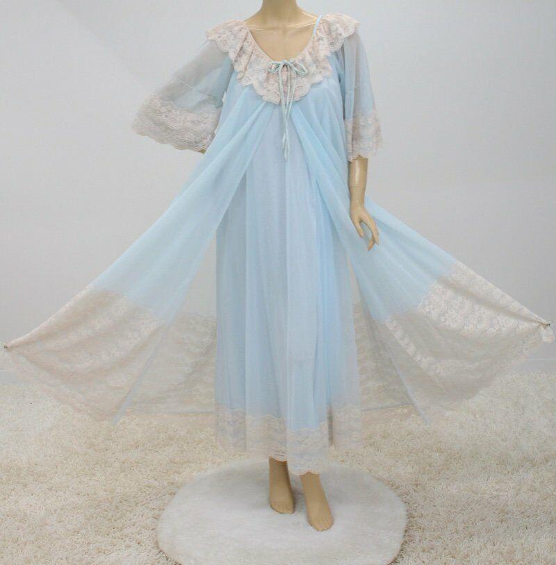 Vintage White Chiffon Peignoir Negligee Set ~ 1960/'s Peignoir Set ~  Honeymoon Set ~ White Wedding ~ Bridal Set ~ Sheer Chiffon /& Nylon ~