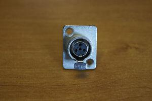 Conector-mini-XLR-base-hembra-mini-XLR-4-pines-faCADE-chasis-4-pines-RT4F