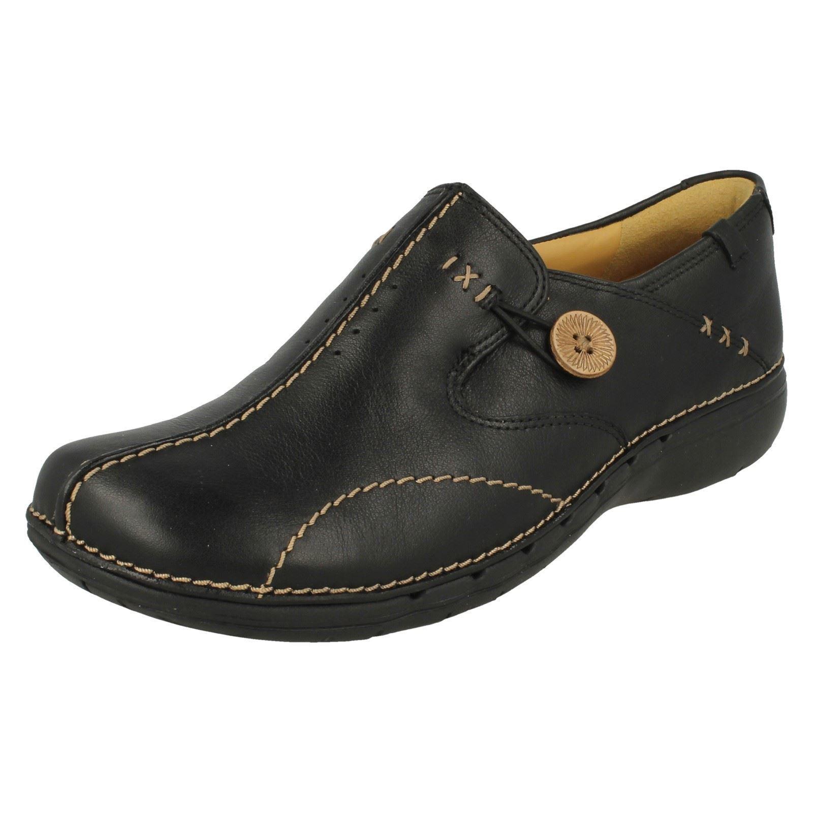 Clarks Ladies Un Loop4 Black Leather Slip On shoes D Fit (R8B)