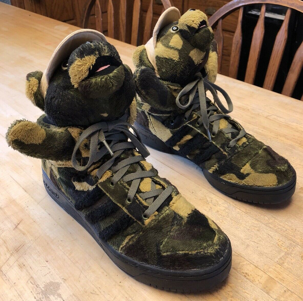 RARE Mens Adidas Jeremy Scott Camouflage Army Teddy Bear shoes Q20917 Size 10