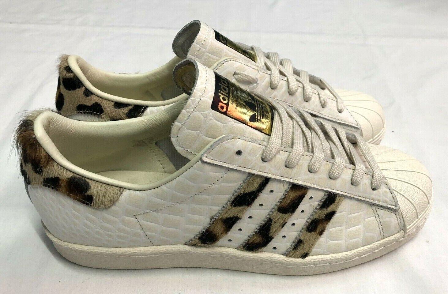 Adidas Superstar años 80 entrenadores de animales, blancoo apagado, Reino Unido 8