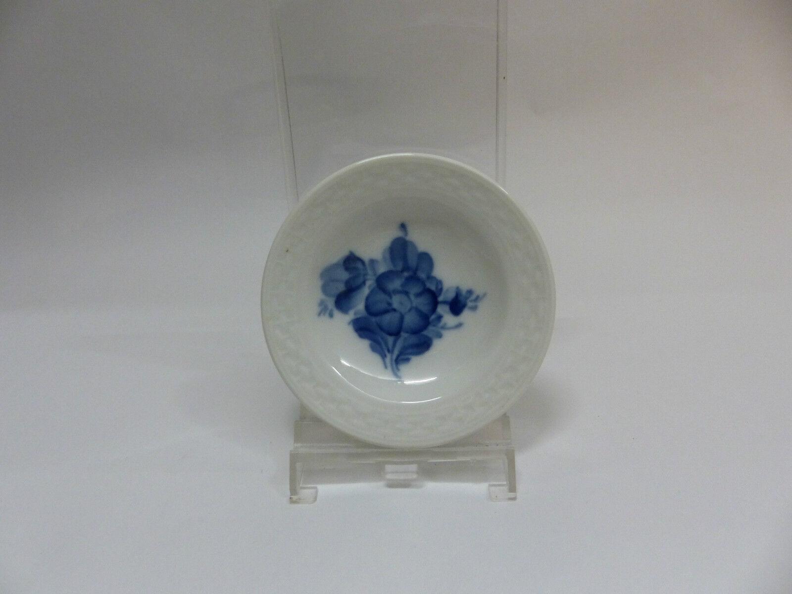 Royal Copenhagen Blaue Blaume glatt Ascher Ø 8 cm 1107330     | Clever und praktisch