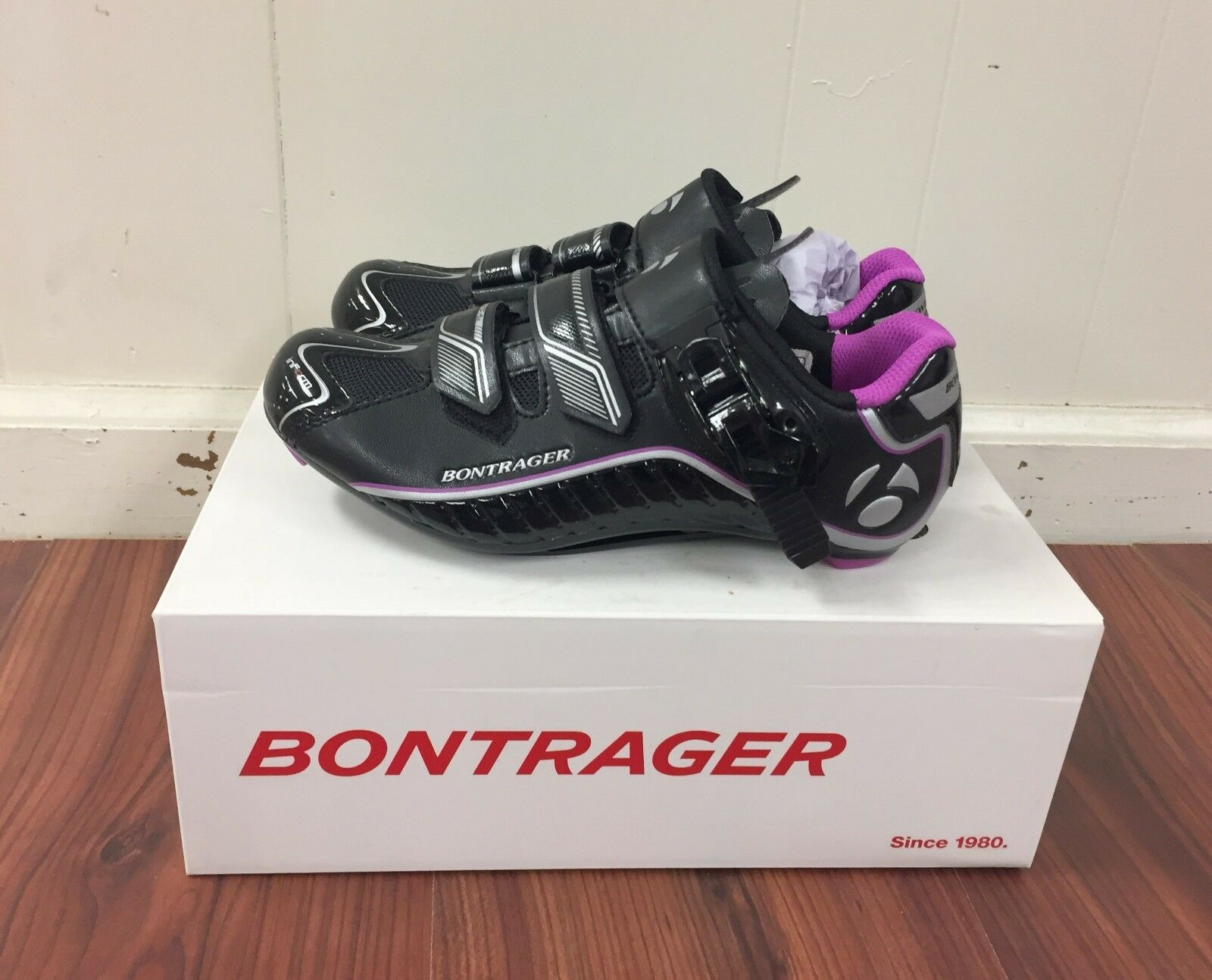 Bontrager Wouomo Race DLX strada sautope 37 EU 5.5 US nuovo in scatola