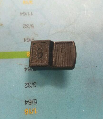 DEWALT N097844 BUTTON SLIDER FOR GRINDER DWE4011