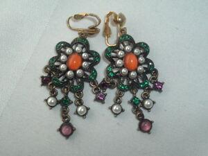 Clip On Earrings Vintage Earrings Pearl and Green Rhinestones