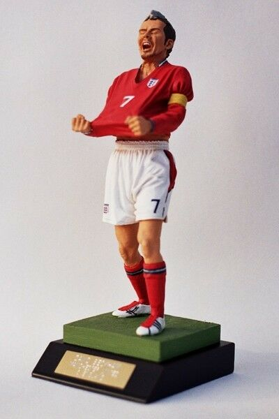 1 9 Endurance Figure Figurine David Beckham 2st Edition ENGLAND Football Team